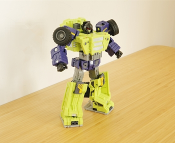 Toyworld TW-C03 BURDEN Heels and Green CONSTRUCTOR Torso Fillers