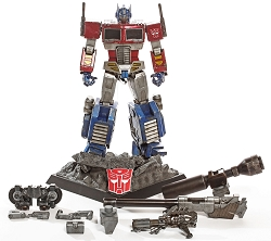 HotToys Asia Exclusive Optimus Prime Megatron Version