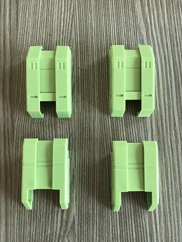 Toyworld TW-C CONSTRUCTOR G1 Thigh Replacement Parts